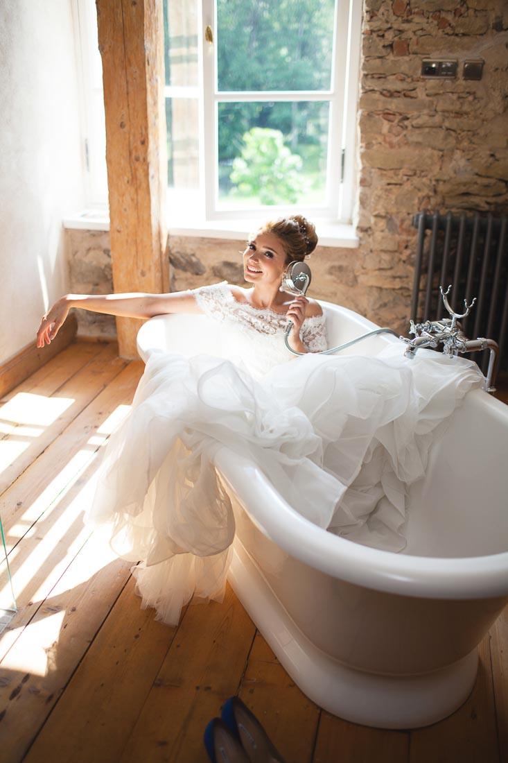 classical-wedding-in-manor-13