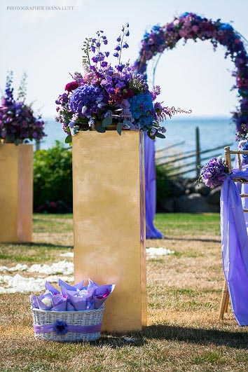 violet-gold-wedding-2